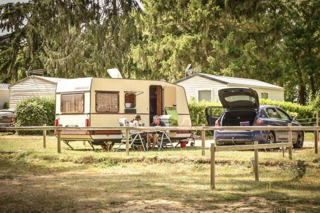 Air de camping car au camping pré des moines à gouvieux