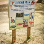 Panneau de l'aire de jeu du camping Pré des moines